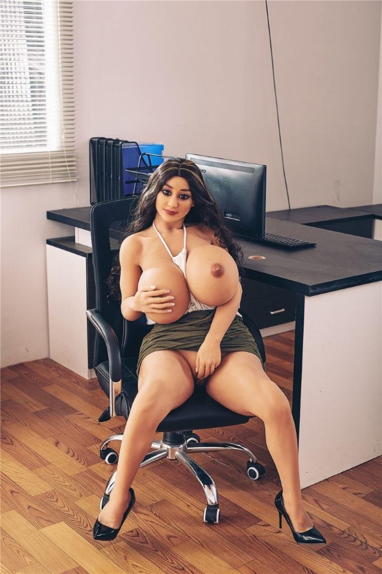 Irontech Doll 140 cm H-Cup 3 élethű szexbaba