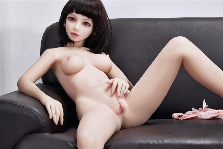 Irontech Doll 145 cm B-Cup 7 élethű szexbaba