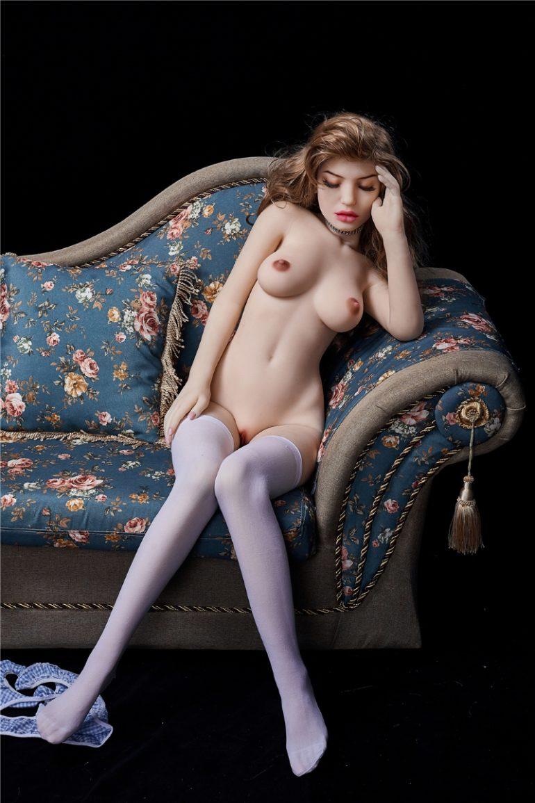 Irontech Doll 145 cm B-Cup élethű szexbaba