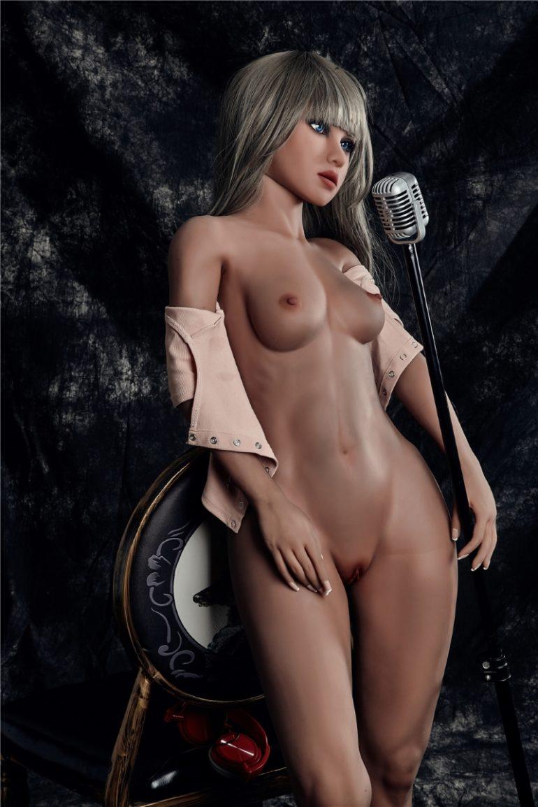Irontech Doll 150 cm A-Cup 5 élethű szexbaba