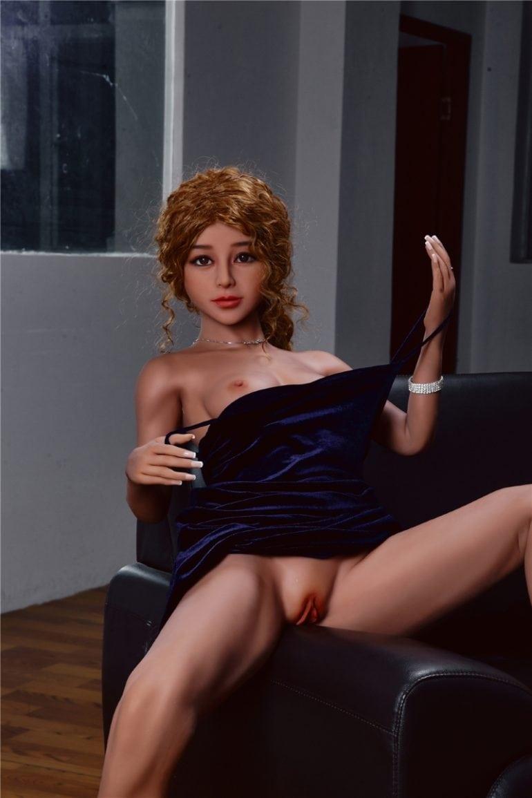 Irontech Doll 150 cm A-Cup 6 élethű szexbaba
