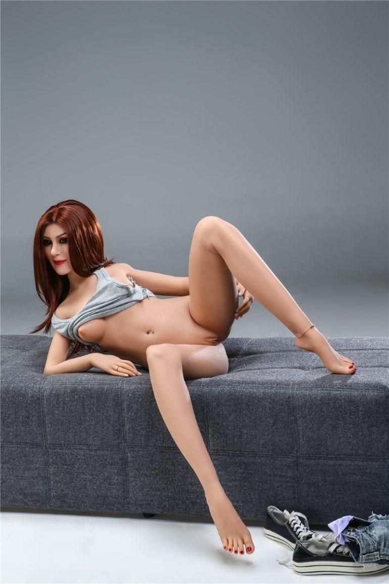 Irontech Doll 155 cm A-Cup 8 élethű szexbaba