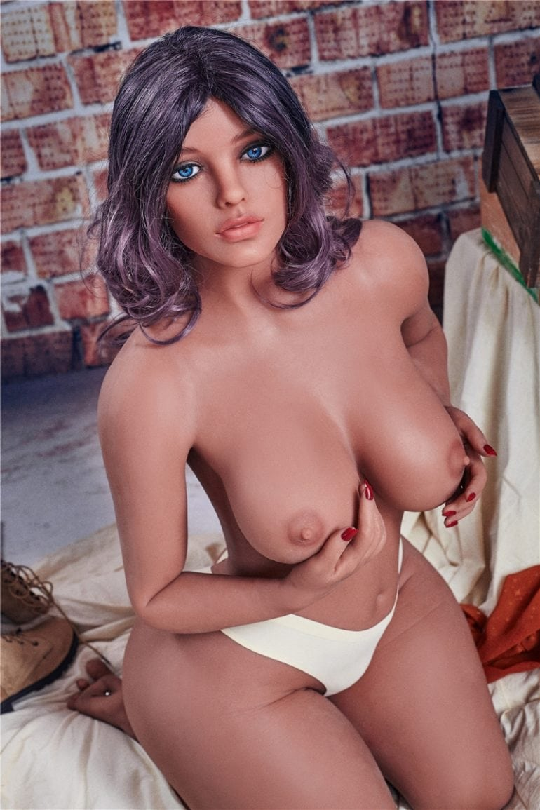 Irontech Doll 156 cm E-Cup 2 élethű szexbaba