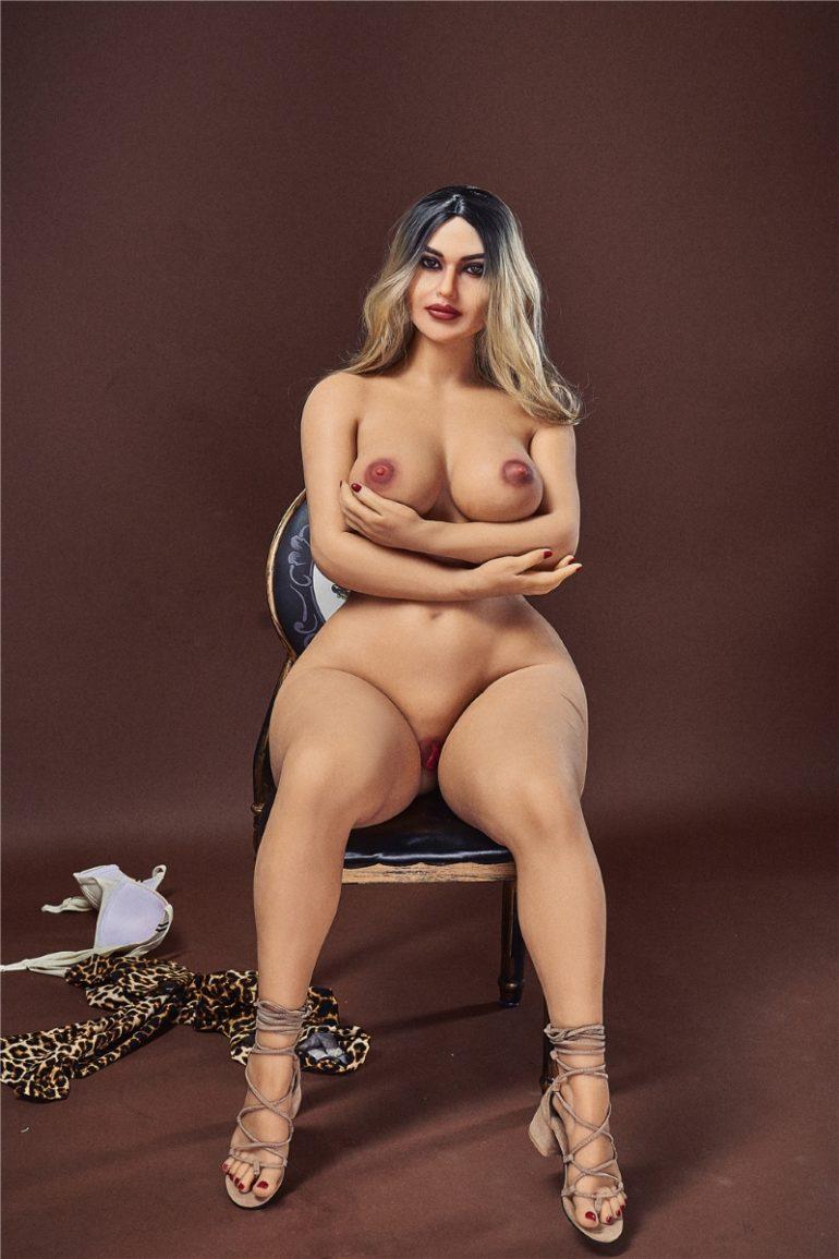Irontech Doll 156 cm E-Cup 8 élethű szexbaba