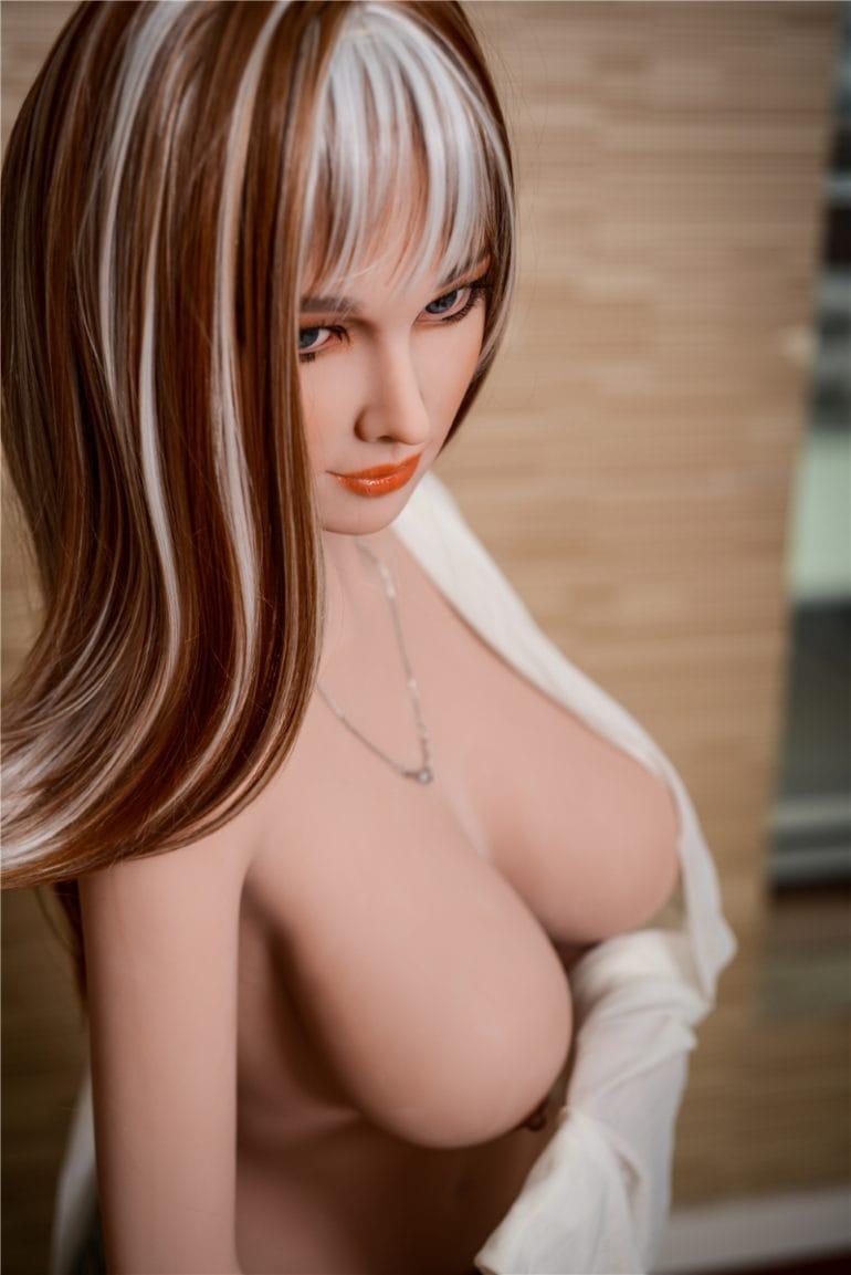 Irontech Doll 157 cm G-Cup 2 élethű szexbaba