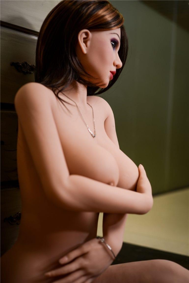 Irontech Doll 157 cm G-Cup 4 élethű szexbaba