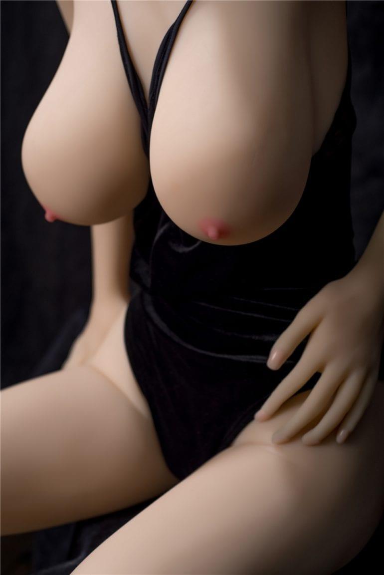 Irontech Doll 157 cm G-Cup élethű szexbaba