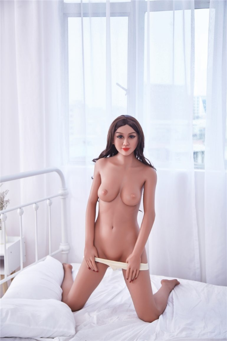Irontech Doll 163 cm B-Cup 8 élethű szexbaba