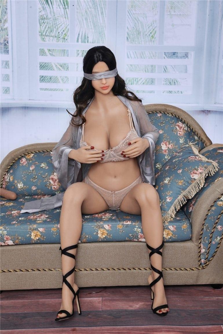 Irontech Doll 163 cm G-Cup 9 élethű szexbaba