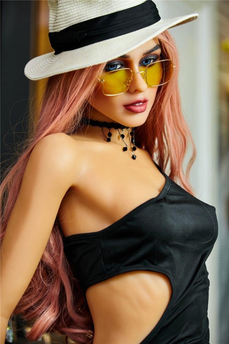 Irontech Doll 165 cm A-Cup 9 élethű szexbaba