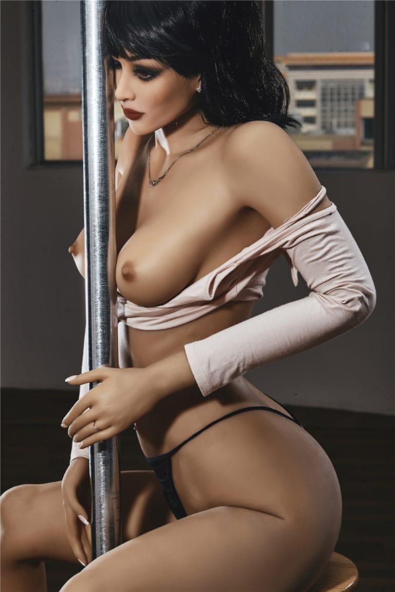 Irontech Doll 168 cm C-Cup 5 élethű szexbaba