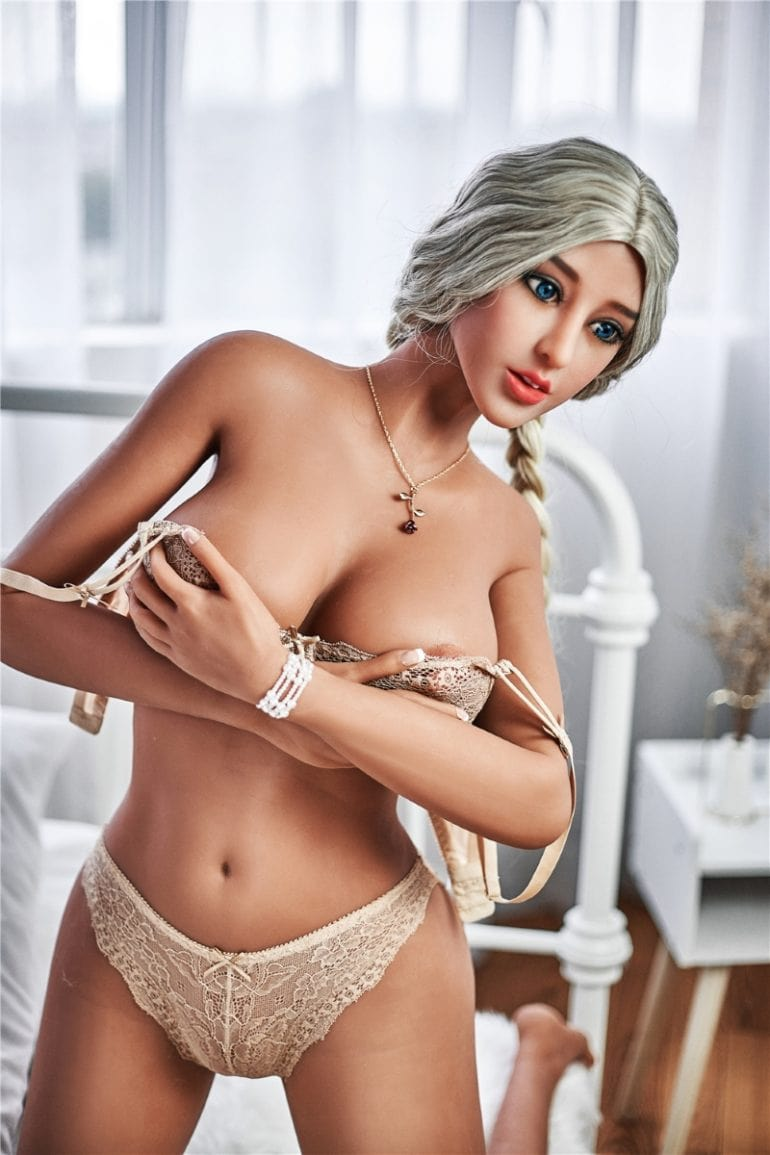 Irontech Doll 169 cm E-Cup 2 élethű szexbaba