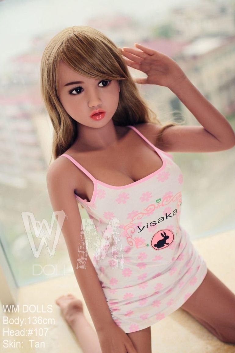 WM Doll 136 cm C-Cup élethű szexbaba