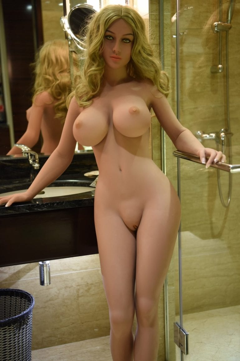 WM Doll 161 cm G-Cup 6 élethű szexbaba