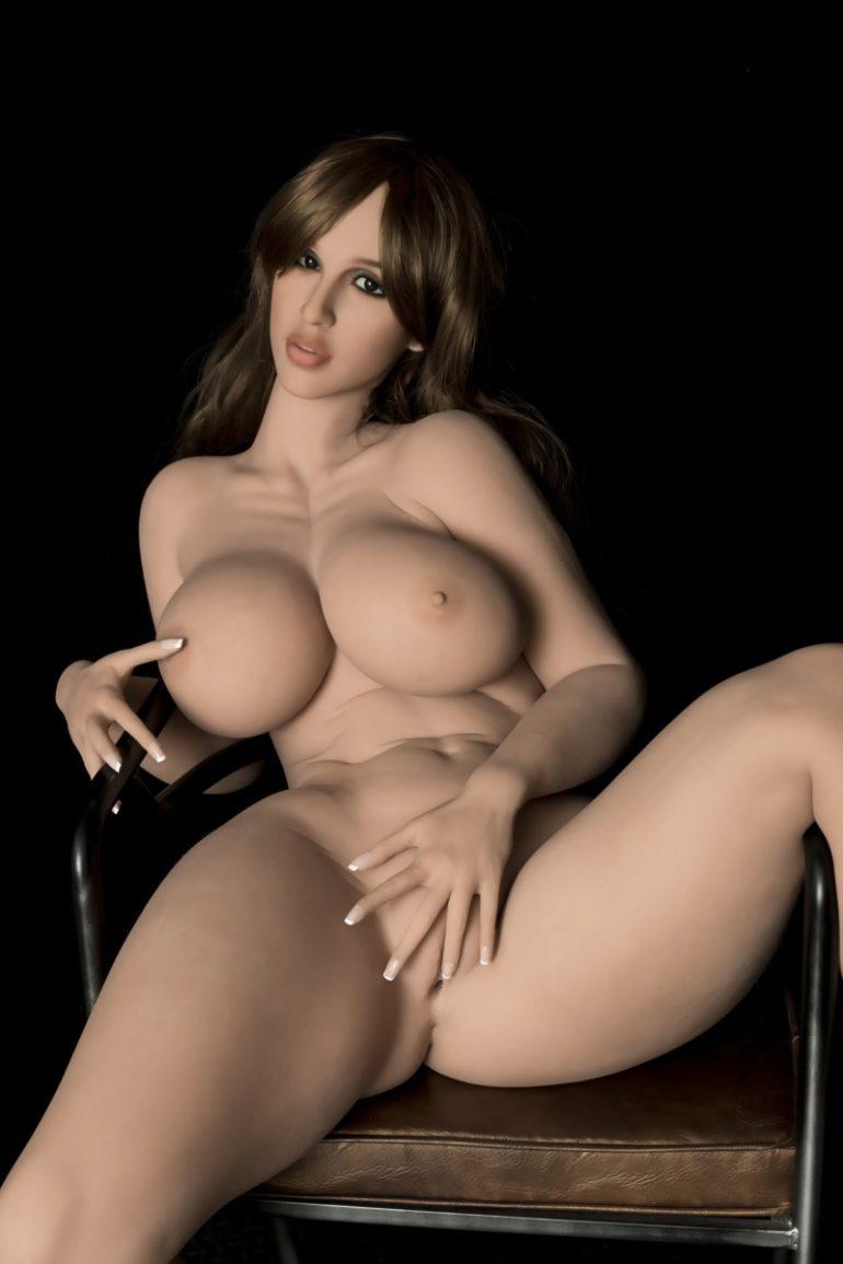 WM Doll 163 cm H-Cup 2 élethű szexbaba